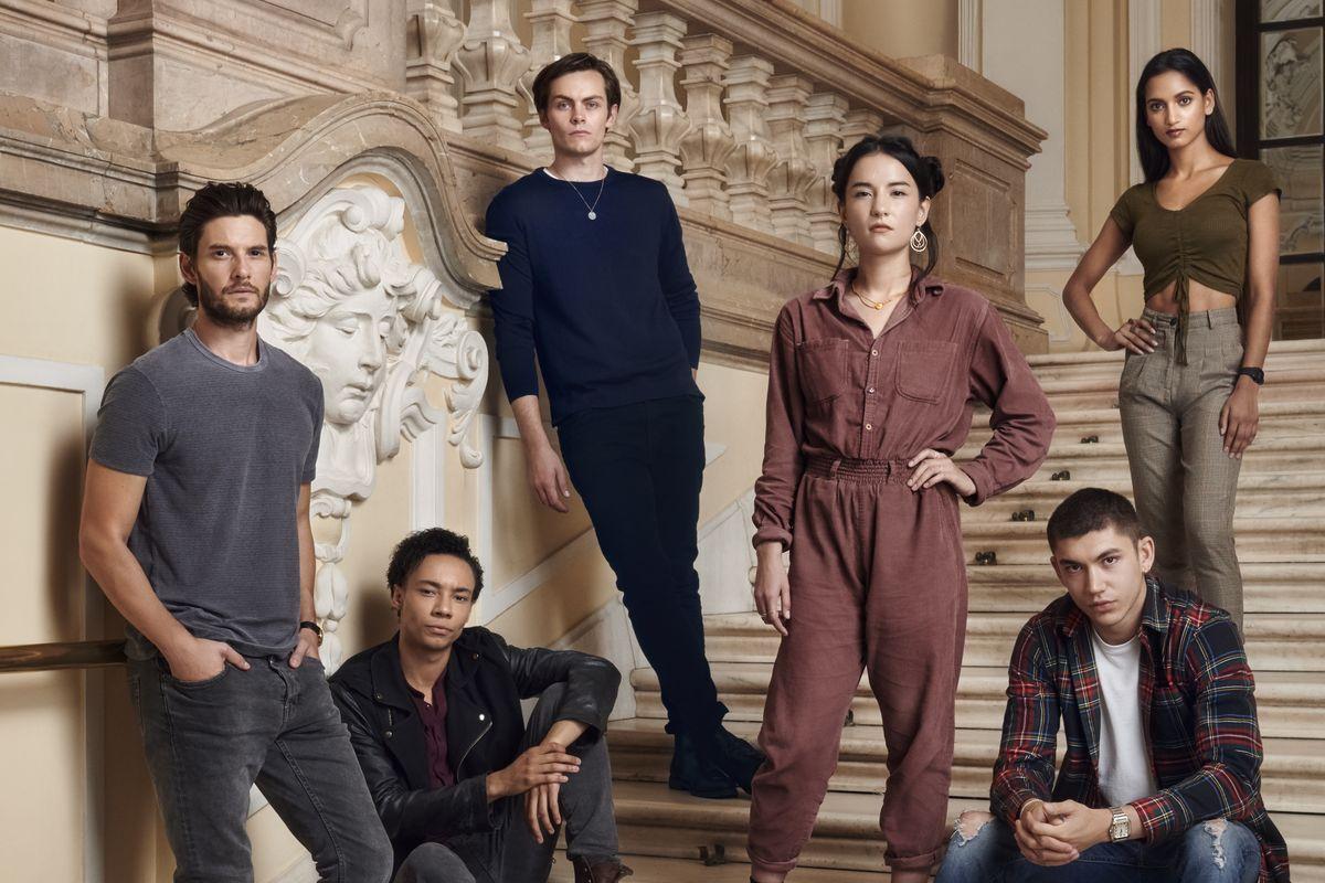 O elenco da série Shadow and Bone